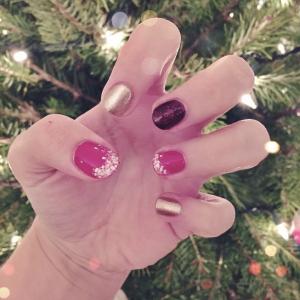 * festive nails ftw *